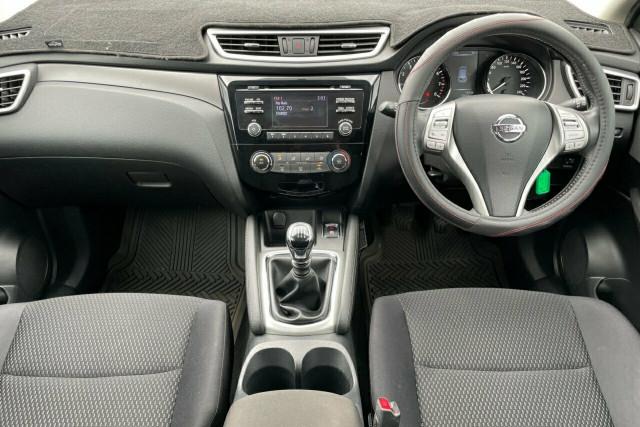 2016 Nissan Qashqai ST 5 of 20