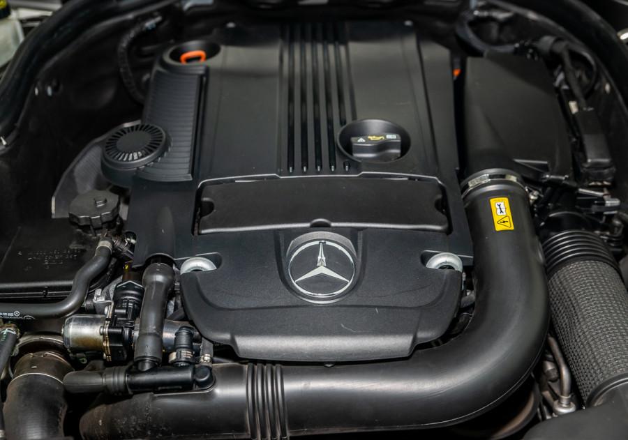 2010 Mercedes-Benz C200 Mercedes-Benz C200 Cgi Auto Cgi Sedan