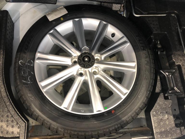 2017 Toyota Aurion GSV50R AT-X Sedan Image 15