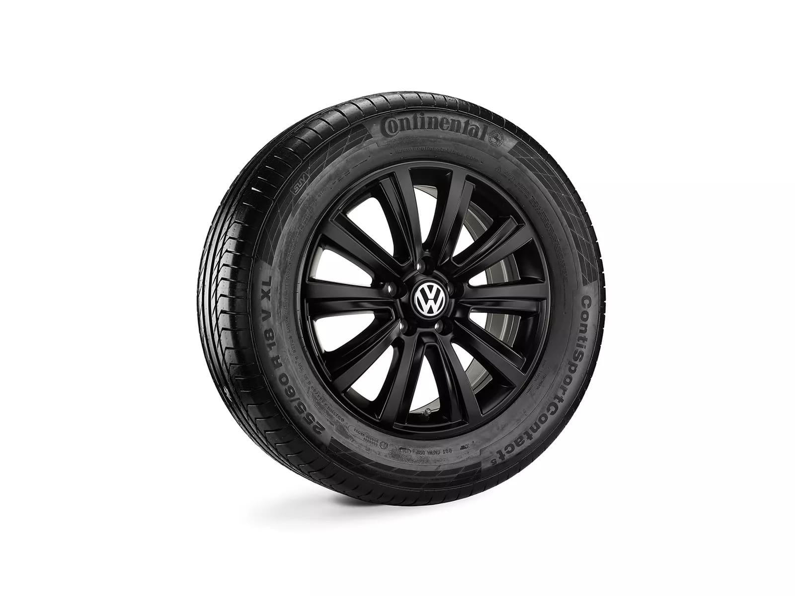 "18""Black Durban alloy wheel"