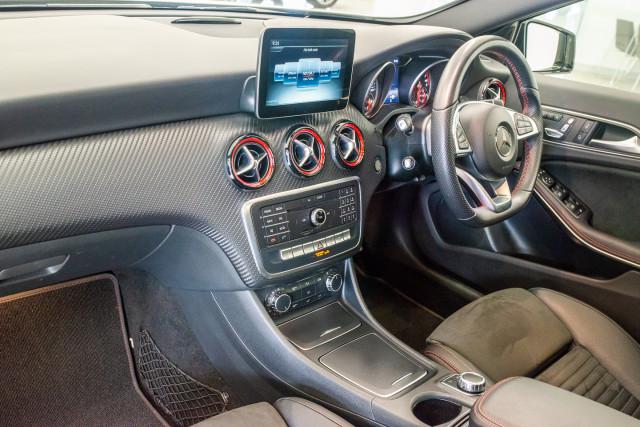 2017 MY08 Mercedes-Benz A-class Hatchback Image 23