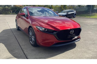 2021 Mazda 3 BP G20 Touring Hatchback Image 2