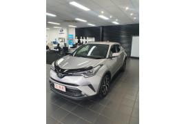 2019 Toyota C-hr NGX10R Koba Suv Image 3