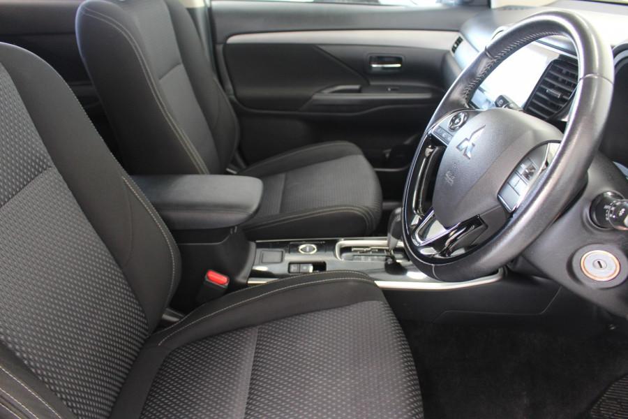 2017 Mitsubishi Outlander ZK MY17 LS Suv Image 9
