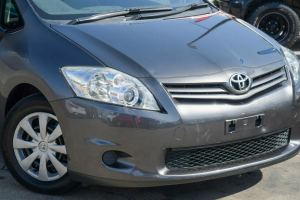 2010 Toyota Corolla ZRE152R MY10 Ascent Hatchback Image 2
