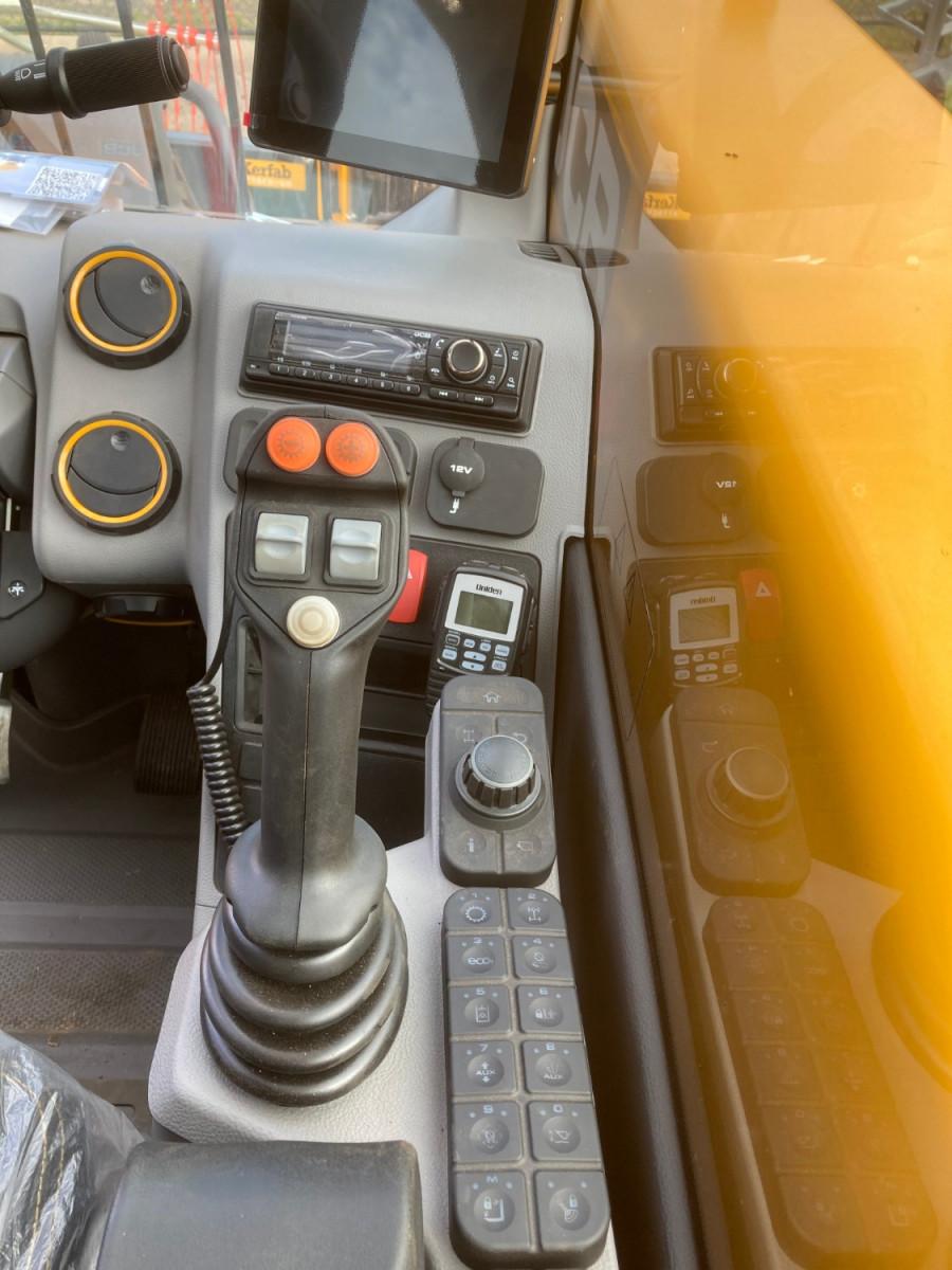 2021 JCB 560-80 TELEHANDLER AGRI SUPER Image 4