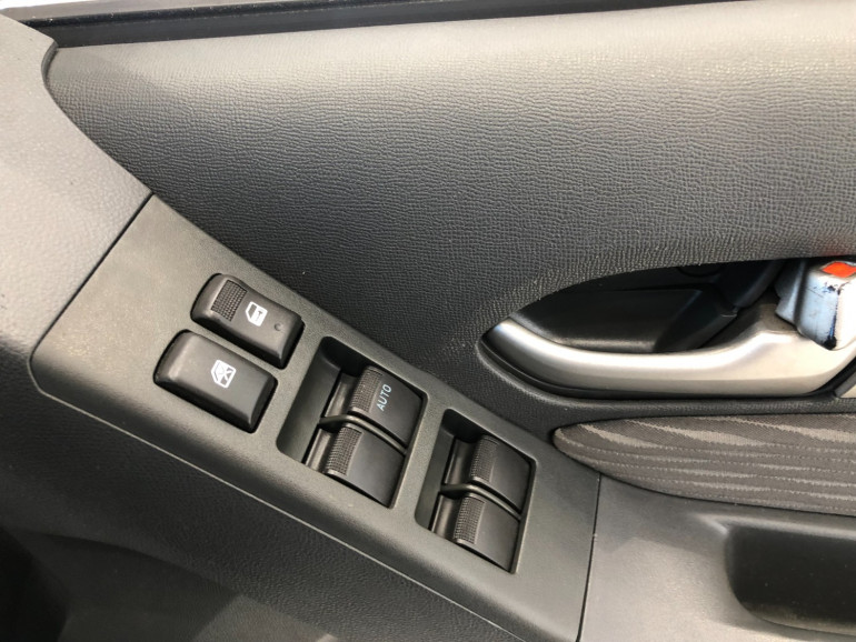 2015 Holden Colorado RG Turbo LS 4x4 dual cab Image 9