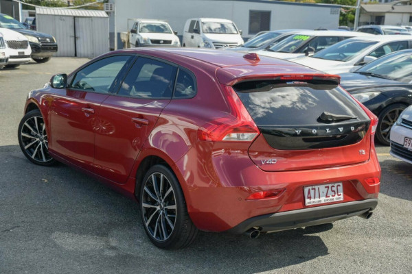 2016 Volvo V40 M Series MY16 T3 Adap Geartronic Kinetic Hatchback Image 3