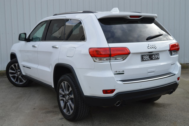 2018 Jeep Grand Cherokee Limited 23 of 28