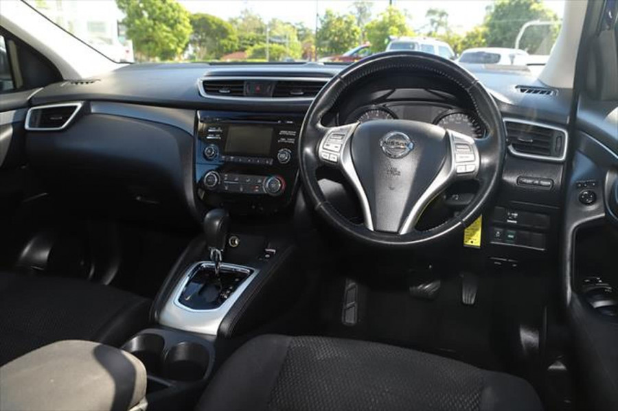 2015 Nissan QASHQAI J11 ST Suv Image 10