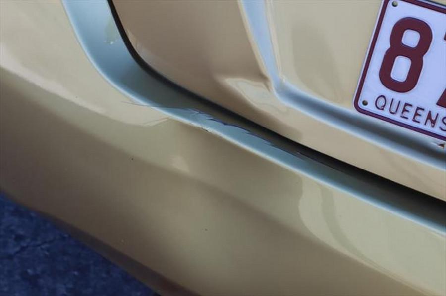 2014 Nissan Pulsar C12 ST Hatchback Image 4