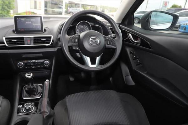 2015 Mazda 3 BM Series SP25 Hatchback image 11