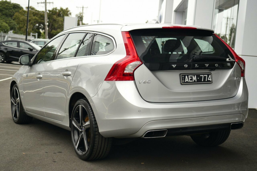 2013 MY14 Volvo V60 F Series MY14 D4 Geartronic Luxury Wagon Image 3