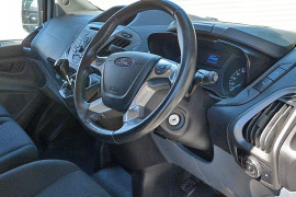 2016 Ford Transit Custom VN 290S Van image 4