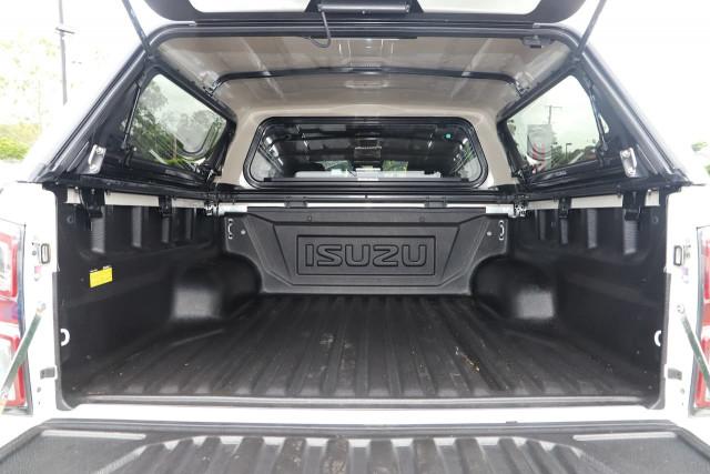 2020 MY21 Isuzu UTE D-MAX RG X-TERRAIN Utility Image 10