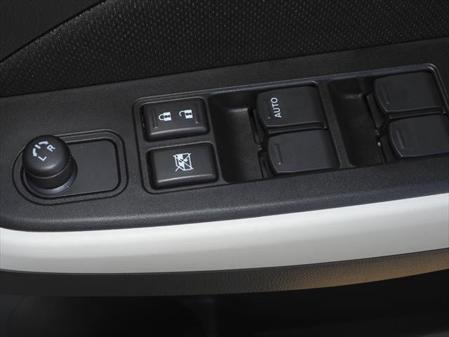 2021 Suzuki Swift AZ Series II GL Navigator Hatchback Image 15