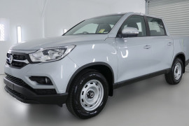 2019 MY18 SsangYong Musso Q200 EX Utility Image 3