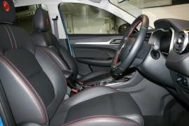 2020 MY21 MG ZST S13 Essence Wagon image 9