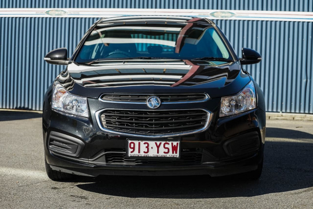 2015 Holden Cruze JH Series II MY16 Z-Series Hatchback Image 2