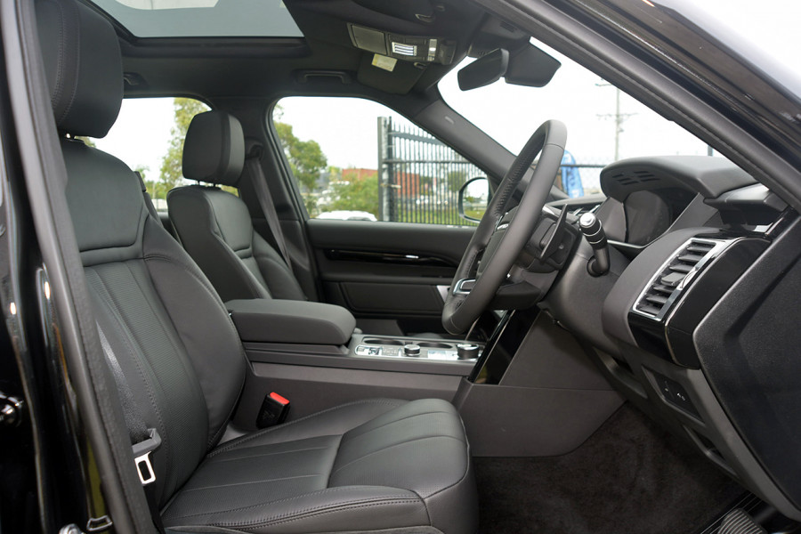 2019 Land Rover Discovery Series 5 SE Suv Mobile Image 14