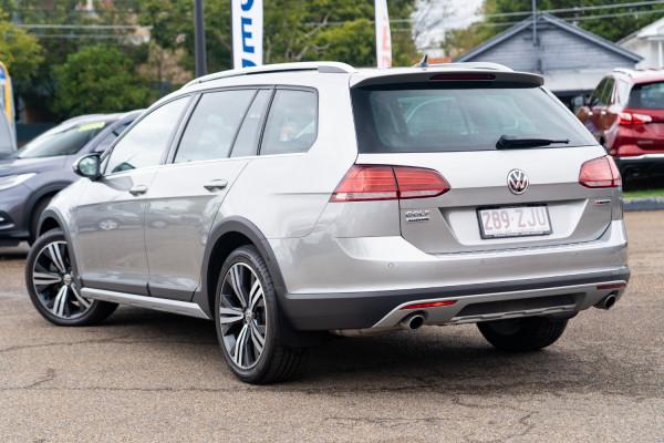 2019 MY19.5 Volkswagen Golf 7.5  Alltrack 132TSI Wagon Image 2
