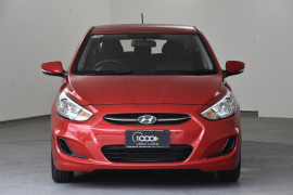 2016 Hyundai Accent RB4 MY16 Active Hatchback Image 2