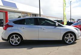 2011 Ford Focus LW Titanium PwrShift Hatchback