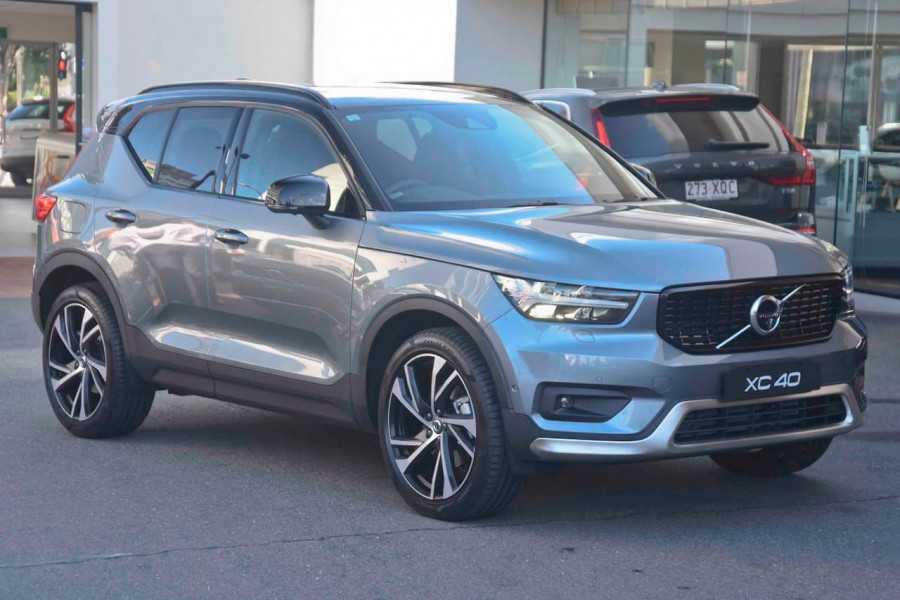 2019 [SOLD]    Mobile Image 5