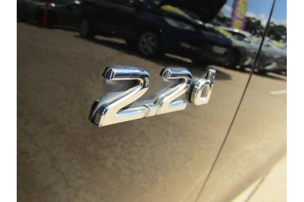 2014 Infiniti Q50 V37 S Premium Sedan Image 3