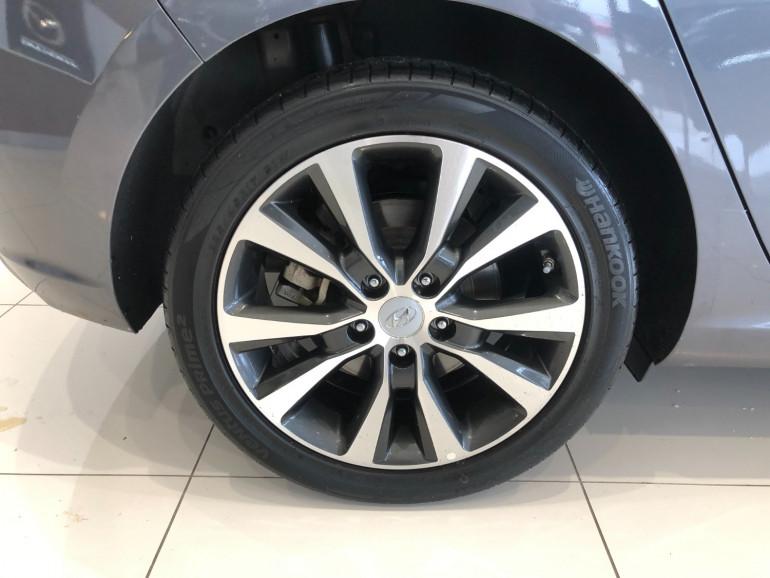 2018 Hyundai i30 PD Elite Hatchback Image 13