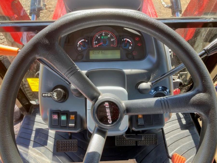 2019 Case IH FARMALL 60B Tractor crawler Image 16