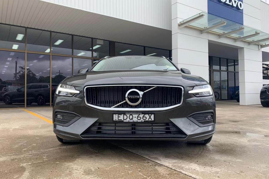 2020 Volvo V60 (No Series) T5 Momentum Wagon Mobile Image 1