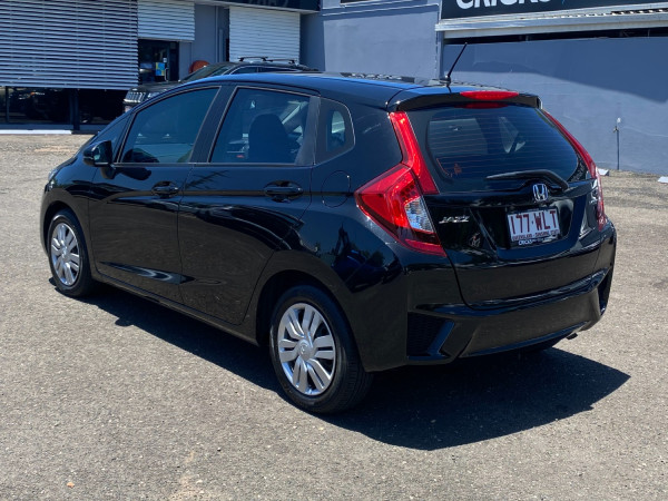 2016 Honda Jazz GF VTi Hatchback Image 5