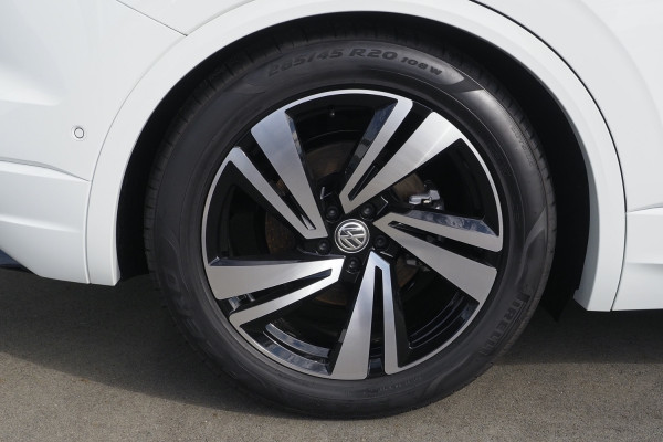 2020 Volkswagen Touareg CR 190TDI Premium Suv Image 3