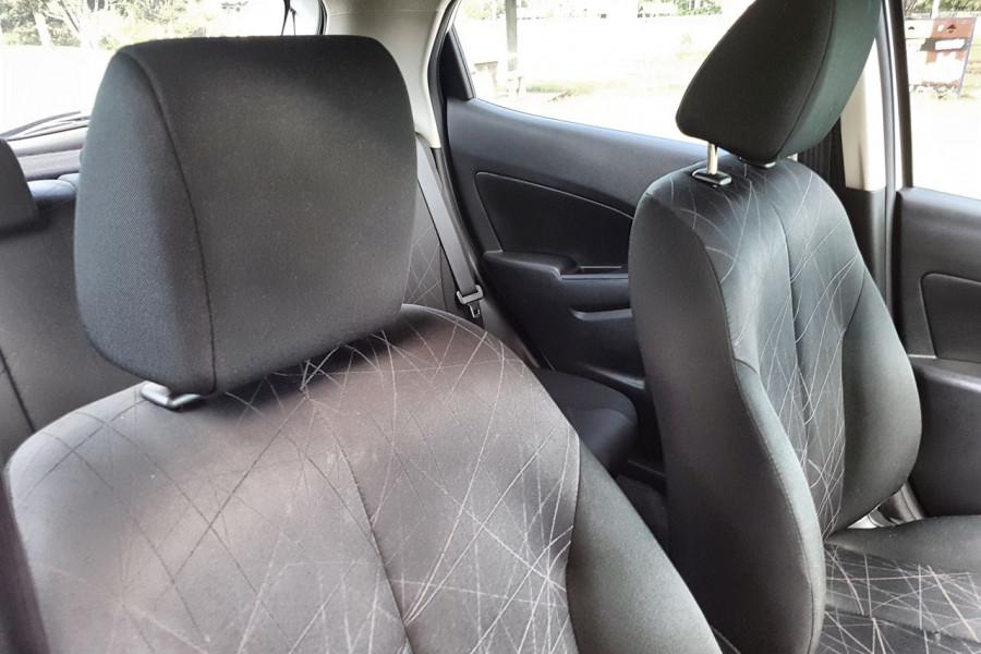 2014 Mazda 2 DE10Y2 MY14 Neo Hatch Image 6