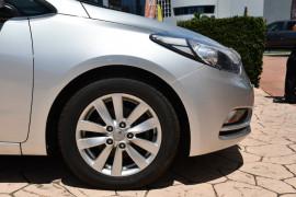 2014 Kia Cerato YD MY14 Si Hatchback Image 5
