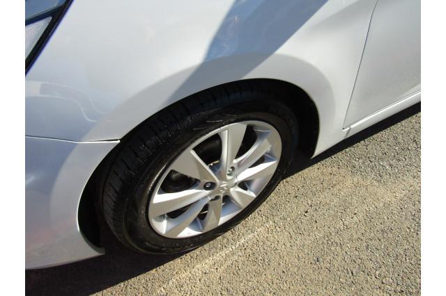 2018 MY19 Hyundai Accent RB6 MY19 SPORT Hatchback Image 3