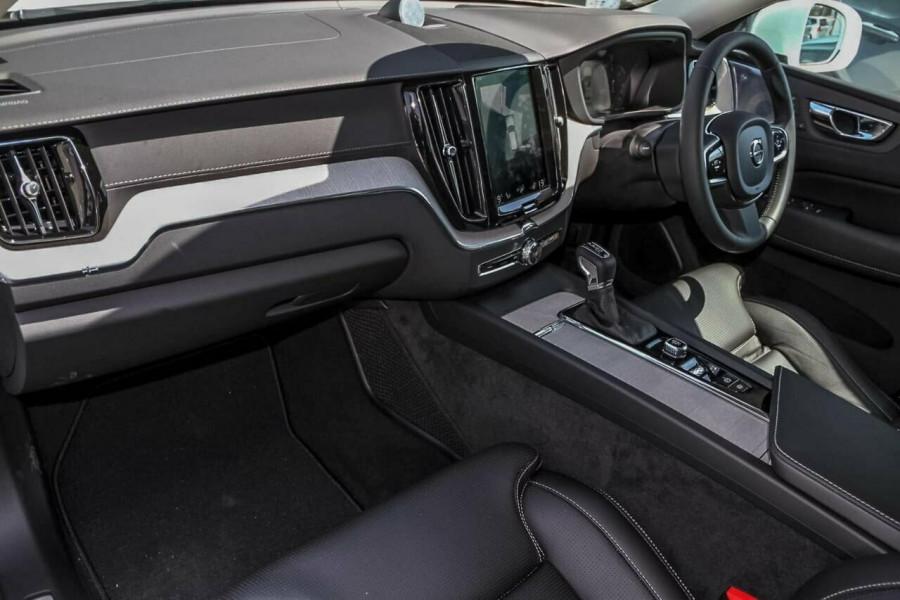 2019 Volvo XC60 UZ D4 Inscription Suv Mobile Image 7