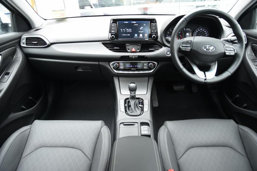 2019 Hyundai i30 PD2 Premium Hatchback Image 8