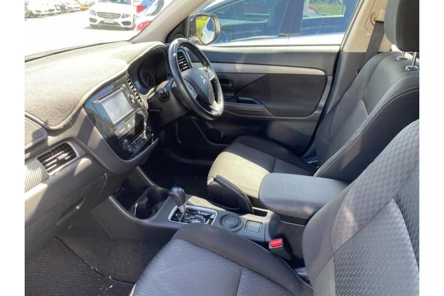 2014 Mitsubishi Outlander ZJ MY14 ES (4x2) Suv