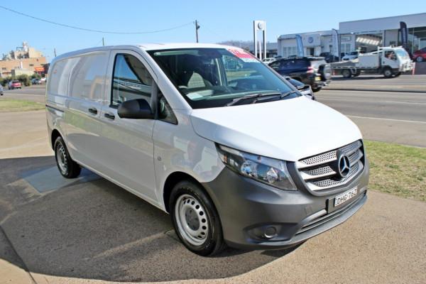 2016 Mercedes-Benz Vito 447 114BlueTEC Van Image 4