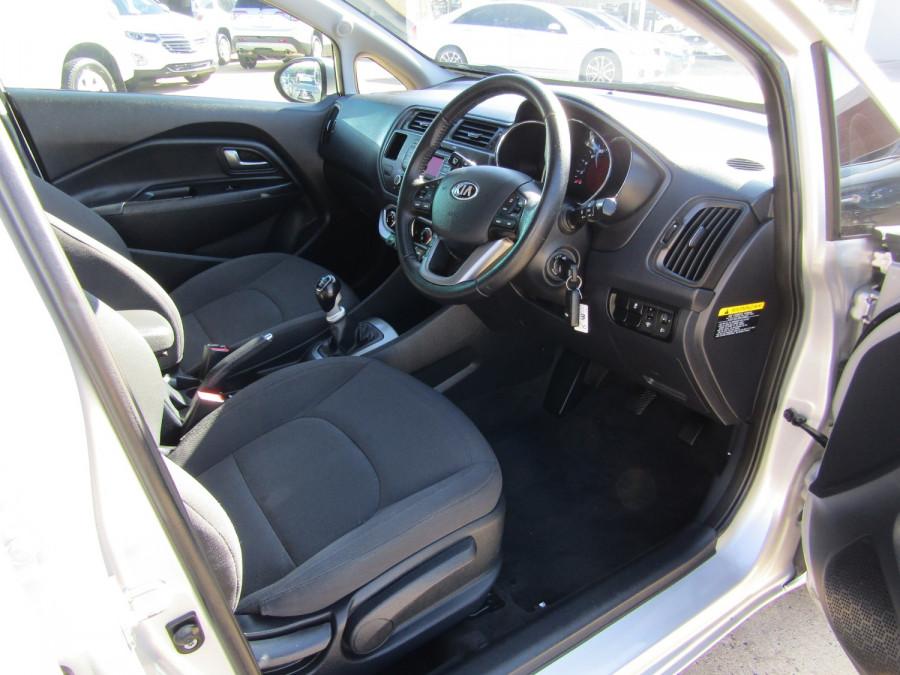 2013 Kia Rio UB  SLi Hatchback Image 12