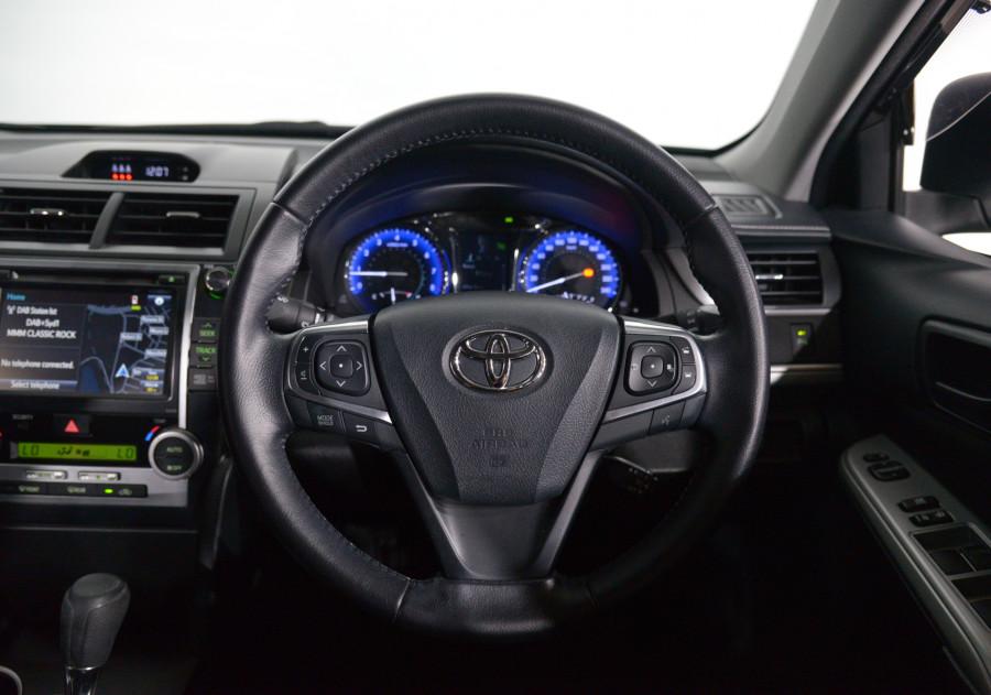 2016 Toyota Camry Toyota Camry Rz S.E. Auto Rz S.E. Sedan