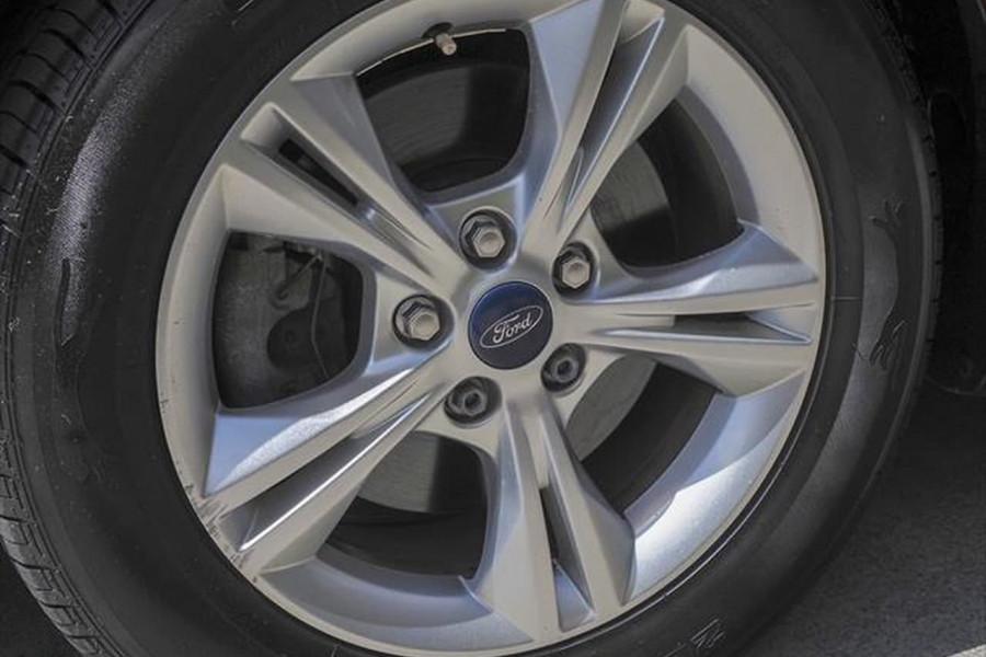 2012 Ford Focus LW Trend Hatchback Image 18