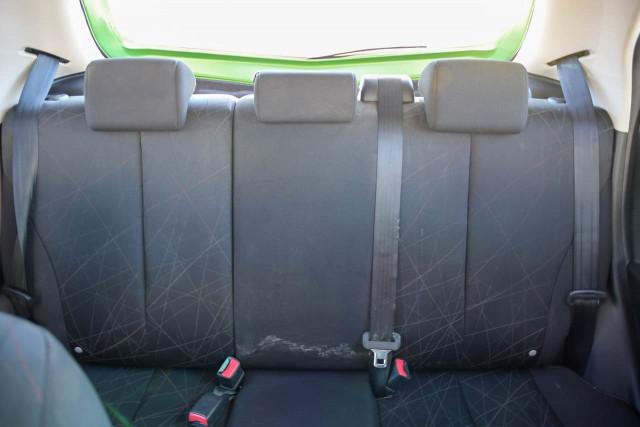 2011 Mazda 2 DE Series 1 MY10 Neo Hatchback Image 16
