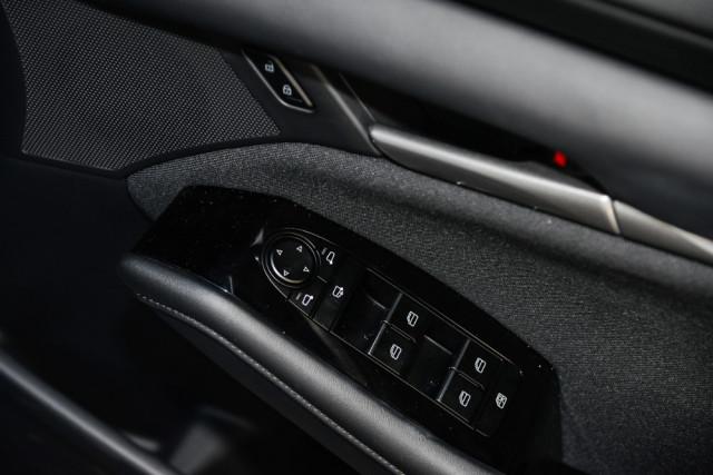 2019 Mazda 3 BP G20 Pure Hatch Hatch Mobile Image 16