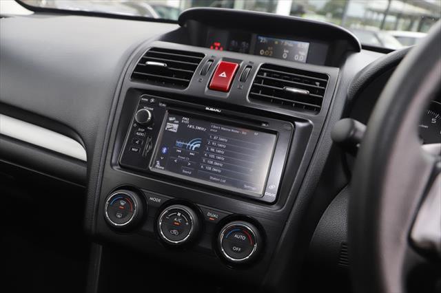 2013 Subaru Xv G4X MY14 2.0i-S Suv Image 16