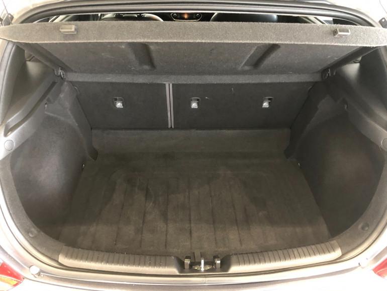 2018 Hyundai i30 PD Elite Hatchback Image 15