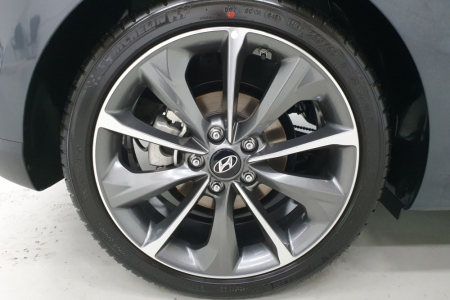 2019 MY20 Hyundai Veloster JS Veloster Coupe Image 8