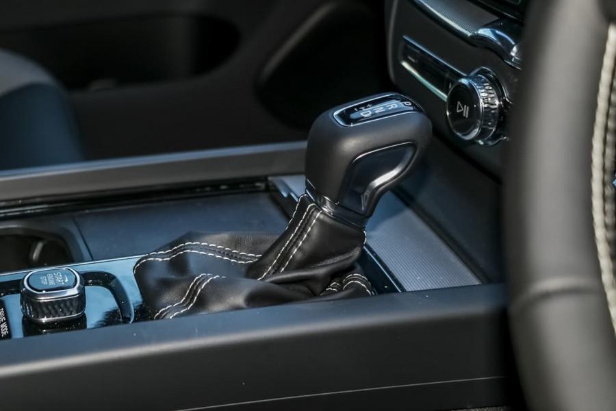 2021 Volvo XC60 UZ T6 R-Design Suv Image 16
